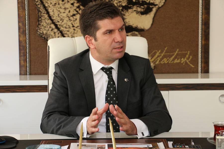 """Başkan Ercengiz'den """"kırmızı et dağıtımı"""" açıklaması"""