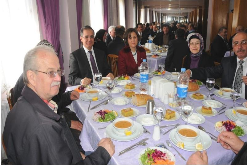 Vali Tapsız Şehit Aileleri ve Gazilerle Biraraya Geldi