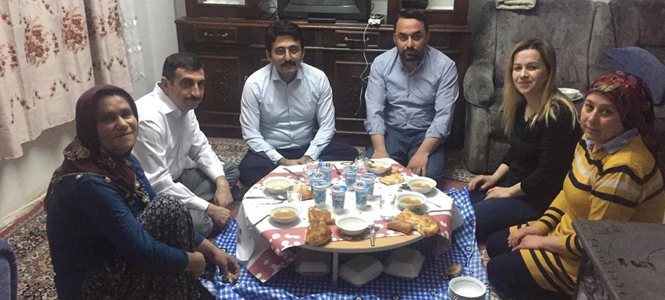 AK Parti İftar Sofralarında, gönüllerle buluşuyor