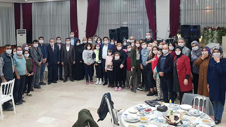 AK Parti Ailesi LÖSEV Ailesi ile yemekte buluştu