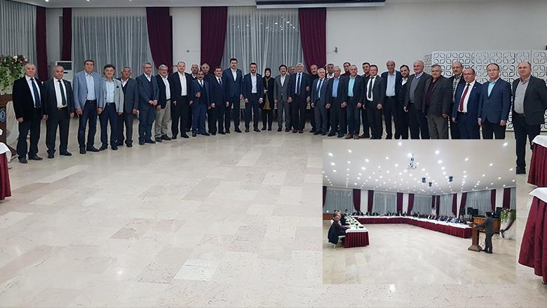 AK Parti Burdur'dan Belediye Başkanlarına ''Vefa Yemeği''