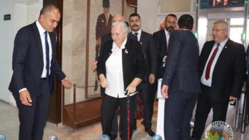 Başkan Alagöz önemli ismi Tefenni'de ağırladı