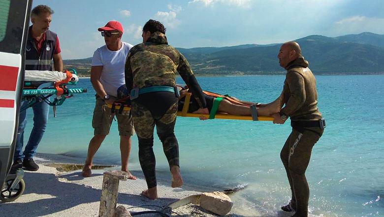 Yüzmek için girdiği Salda Gölü'nde boğuldu