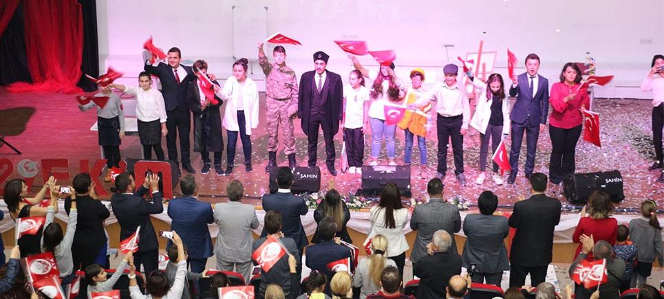Burdur Bahçeşehir Koleji'nde 29 Ekim Cumhuriyet Bayramı coşkuyla kutlandı