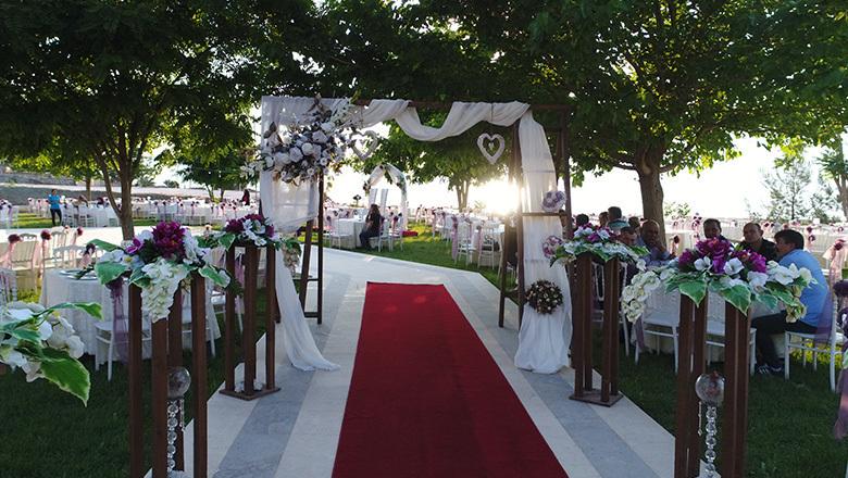 Burdur'da ilk kır düğün salonu hizmete girdi