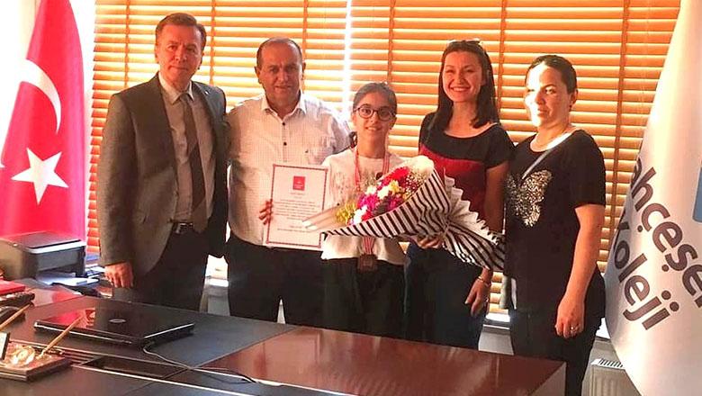 Bahçeşehir Kolejli Ece Türkiye 2.si oldu