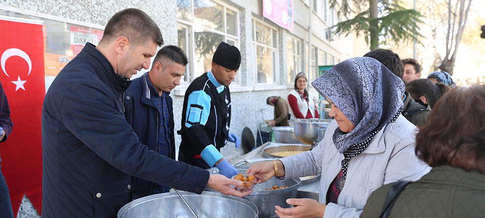 Başkan Ercengiz'den Lokma tatlısı ikramı