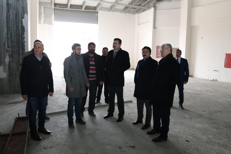 Kültür merkezi inşaatı devam ediyor