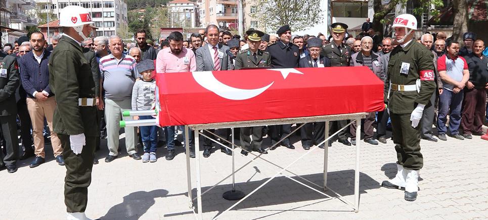 Burdur'da Kıbrıs gazisi son yolculuğuna uğurlandı