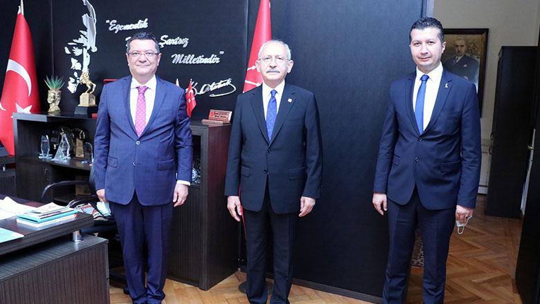 Kılıçdaroğlu, Göker ve Akbulut'u makamında kabul etti