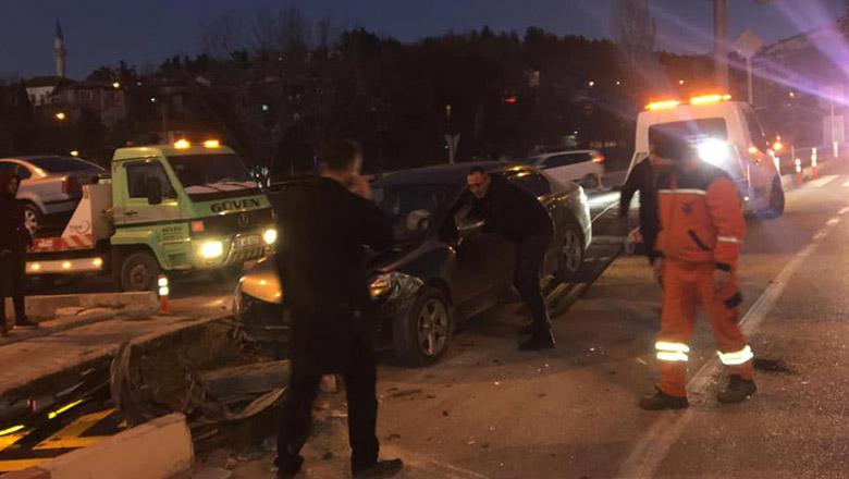 Burdur Manastır Kavşağında trafik kazası