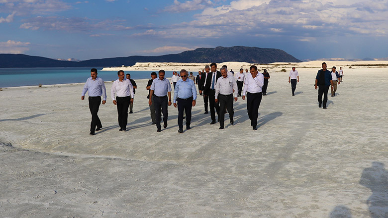 Türkiye'nin Maldivleri Salda Gölü rekora koşuyor
