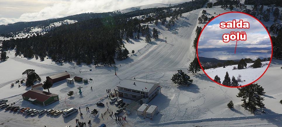 Mavi, yeşil ve beyazın birada olduğu en güzel yer Salda Kayak Merkezi