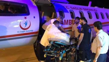 Minik Abdullah uçak ambulansla İstanbul'a götürüldü