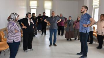 Burdur'da yaşlılara egzersiz programı verildi